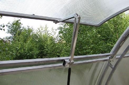 Гидроцилидр для автоматической вентиляции теплицы