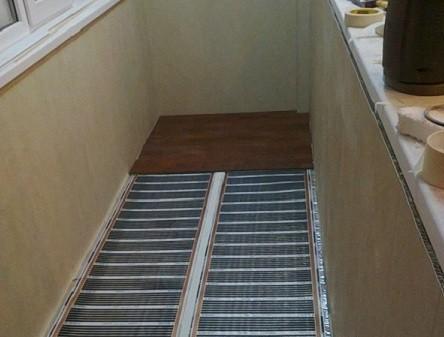 Инфракрасный пленочный теплый пол на балконе