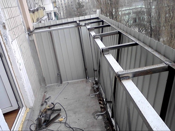 каркас для балконного утепления