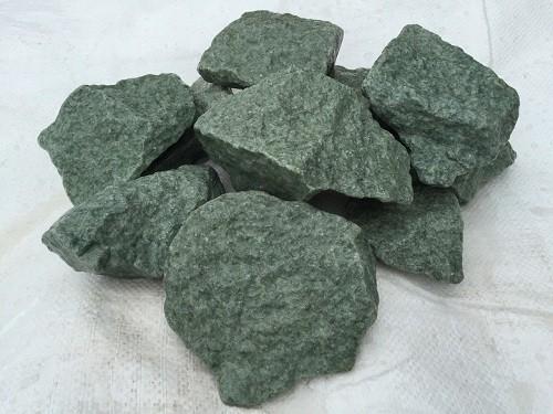 Внешний вид камня жадеит