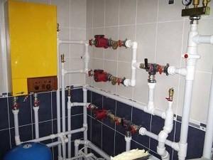 Монтаж водопровода своими руками. Какие трубы выбрать?