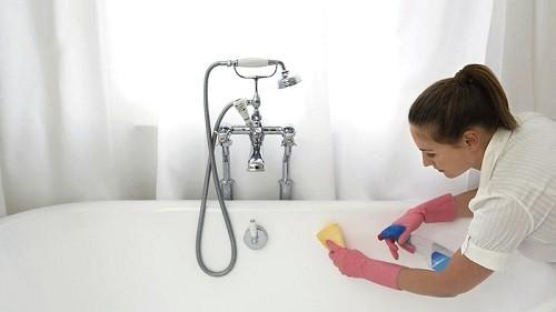 Уход за акриловым покрытием ванны